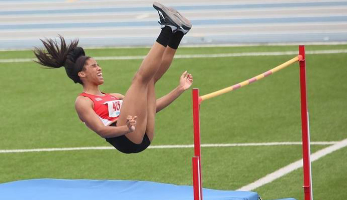 GOLDEN GIRL: Tyra Gittens clears the bar in the Carifta Games girls' open heptathlon high jump, in Willemstad, Curacao, in April. –Photo: NIGEL BROWNE/FLOW