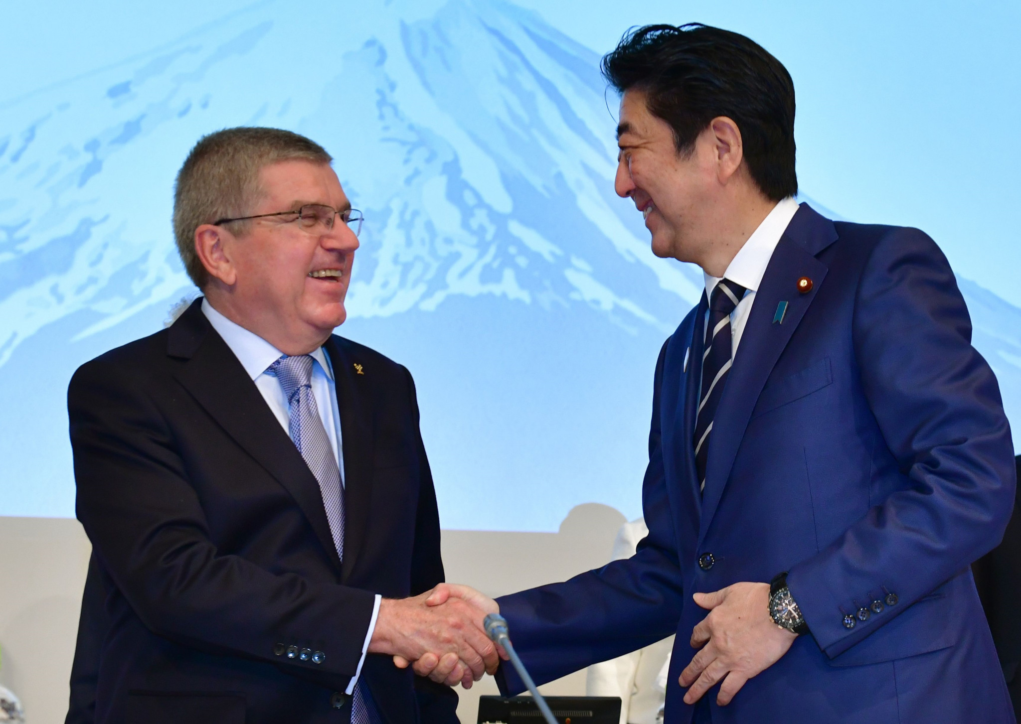 Japanese Prime Minister Shinzō Abe and IOC President Thomas Bach have agreed to a one-year postponement of Tokyo 2020 ©Getty Images