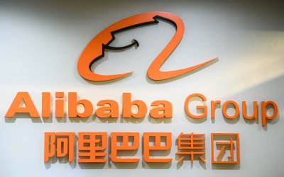 Courier incident adds to IOC sponsor Alibaba's bad news glut